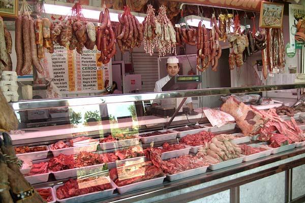 COAG denuncia un encarecimiento de la carne de cerdo de un  900% del campo a la mesa