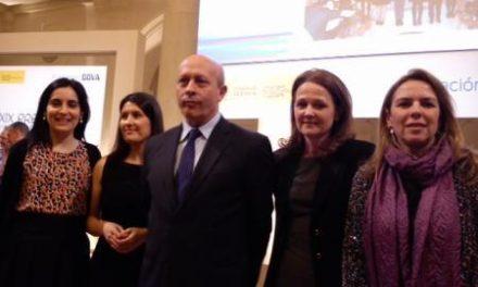 El IESO 'Valles de Gata' de Hoyos recibe el premio Giner de los Ríos a la Mejora de la Calidad Educativa