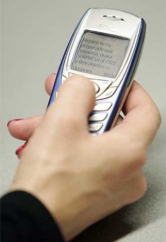 La organización de consumidores FACUA denuncia una nueva estafa telefónica a través de un 806