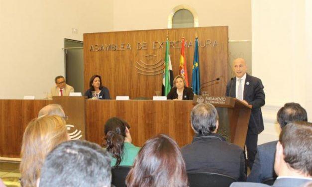 El Gobierno potencia la presencia de jóvenes y mujeres en la Comunidad Gitana en Extremadura