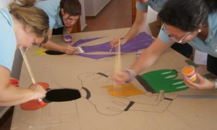 Valencia de Alcántara acogerá este sábado un taller de manualidades con papel para los más pequeños