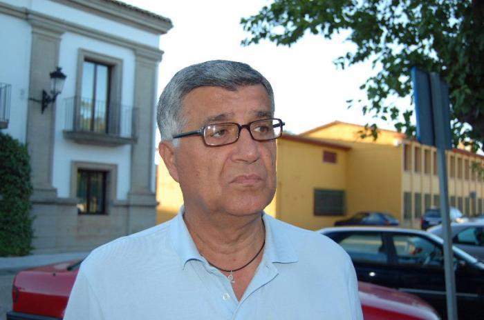 Hernandez Carrón manifiesta su preocupación por el estado de la residencia de mayores de Membrío