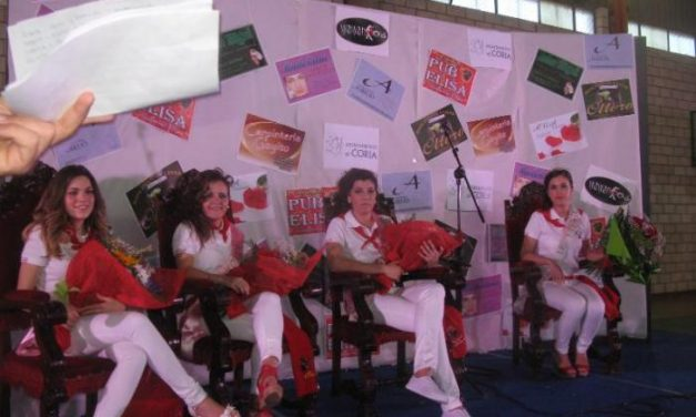 Paula Moreno es elegida reina de las fiestas de San Juan 2014 en la localidad de Coria