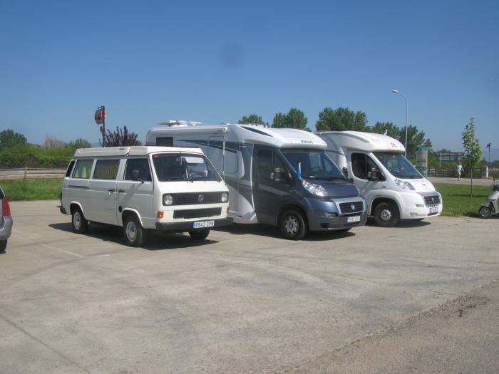 Las participantes de la I Concentración de Autocaravanas de Moraleja visitan la Sierra de Gata