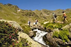 La Mancomunidad Integral Sierra de San Pedro organiza rutas senderistas para conocer sus municipios