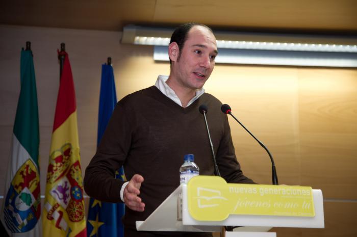 Sánchez Juliá alaba las actuaciones del Gobierno de Monago en materia de desempleo juvenil