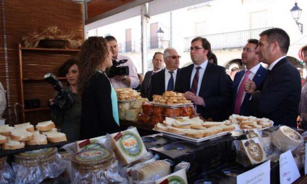 El Gobierno anima a las queserías a colaborar empresarialmente para abrirse a nuevos mercados
