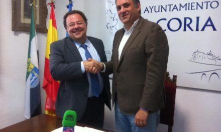 Coria ahorrará 190.000 € en el servicio de limpieza que además modernizará en la ciudad y en las dos  pedanías
