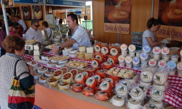 La Feria Nacional del Queso de Trujillo vende 14.000 tickets más que en 2013 con un día menos de duración