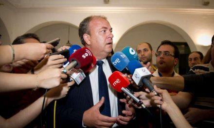 Monago critica que Vara consiga su minuto de gloria hablando mal de Extremadura