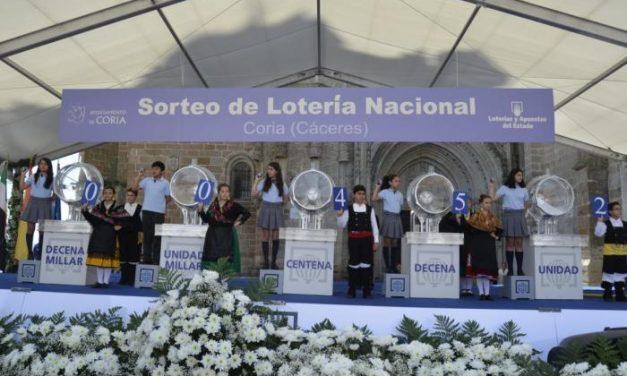 El sorteo de la Lotería Nacional de Coria llevó la suerte hasta Málaga con el número 452