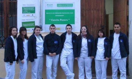 """Los alumnos del programa """"Aprendices"""" de Valencia de Alcántara celebran la Jornada de la Salud"""