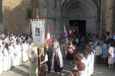 Coria celebra durante la jornada de hoy la Romería de la Virgen de Argeme, patrona de la localidad