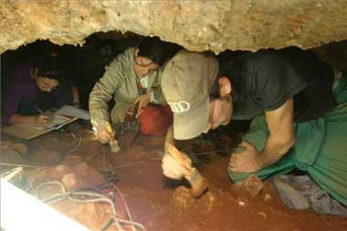 La cueva de Maltravieso saca a la luz su legado con excavaciones en directo programadas para el sábado