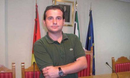 El alcalde de Moraleja insiste en que es prioritario seguir elaborando políticas que  fomenten el empleo juvenil