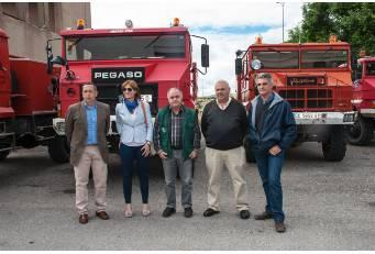 El SEPEI entrega camiones autobomba a ayuntamientos de la provincia para su uso en tareas municipales