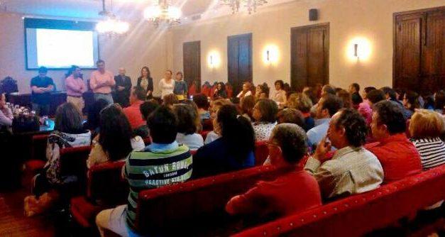 El alcalde de Coria manifiesta su satisfacción por el nuevo plan de mejora del comercio minorista local
