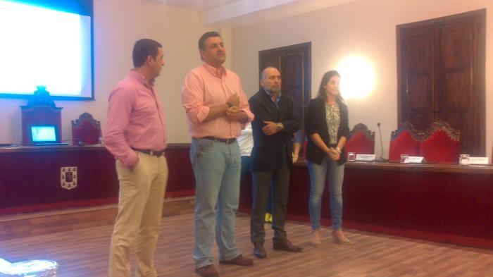 ASECOC presenta un «lip dub» en el que participan más de 100 empresarios locales de Coria