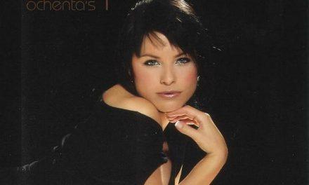 La cantante cacereña Soraya recupera los éxitos de la década de los 80 en su nuevo disco «Dolce Vita»