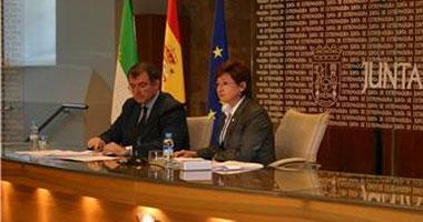 La Junta de Extremadura propone suprimir de la Uex las titulaciones con menos de 25 alumnos