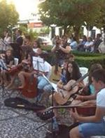 """Decenas de personas se dan cita en las """"Misceláneas Musicales"""" de Aliamundi en Valencia de Alcántara"""