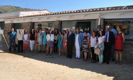 César Díez Solís reitera en Cilleros el compromiso del Gobierno regional por la escuela rural