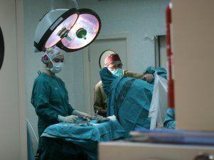 El SES anticipa que la actividad quirúrgica continuará aumentando jurante el 2014