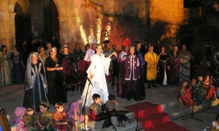 El X Festival Transfronterizo Boda Regia arranca en Valencia de Alcántara con la V Ruta de la Tapa Medieval