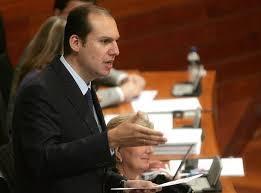 El consejero de Salud presenta el Plan Integral de Diabetes de Extremadura 2014-2018