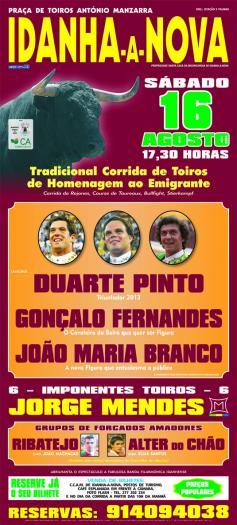 Idanha rinde homenaje a los emigrantes con una corrida de toros y la actuación de grupos de forcados