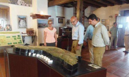 Echávarri visita Santiago de Alcántara donde destaca los 900.000 euros destinados al Tajo Internacional