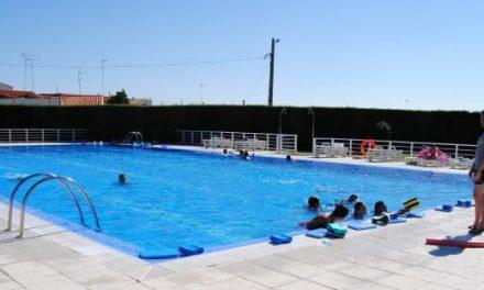 La piscina de Valencia de Alcántara recibe a 15.500 visitantes que permiten recaudar casi 18.000 euros
