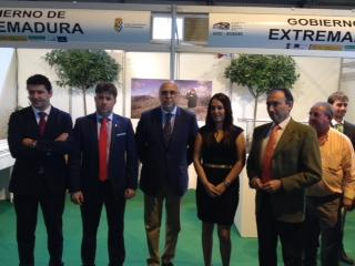 Echávarri destaca en Las Hurdes la inversión de más de ocho millones de euros en materia forestal