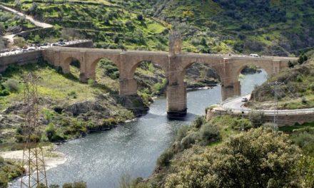 Vecinos de Alcántara reclaman la declaración del Puente Romano como Patrimonio de la Humanidad