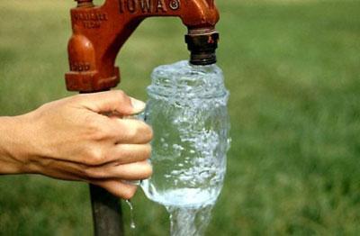 Acebo registra desde el pasado 18 de marzo importantes cortes en el suministro de agua potable