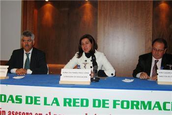 Eva Pérez afirma que la implantación de las competencias básicas exige un cambio en la docencia