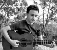 El joven cantante de Alburquerque, Ismael Sánchez, ficha por una discográfica mejicana