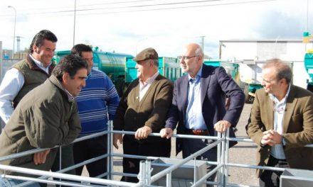 El consejero Echávarri reitera el apoyo del Gobierno de Extremadura a la Feria Agroganadera de Trujillo