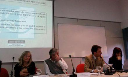 Gil Soto expone los planteamientos generales para el Desarrollo Local 2014-2020 en Extremadura