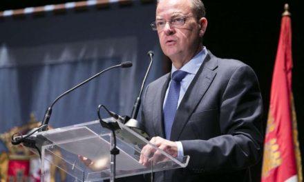Monago destaca el papel decisivo de los cacereños que ha permitido garantizar el futuro del CEFOT