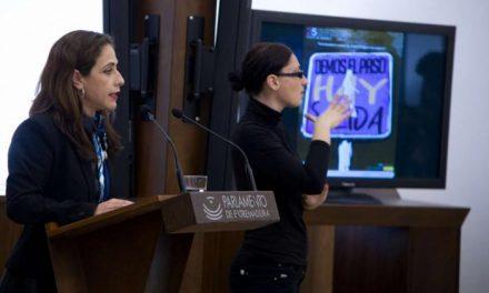 """Muñoz señala que la lucha contra la violencia hacia la mujer requiere """"una actuación contundente"""""""