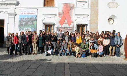El Gobierno regional creará por decreto el Consejo Asesor de la Infección por el VIH y el SIDA de Extremadura