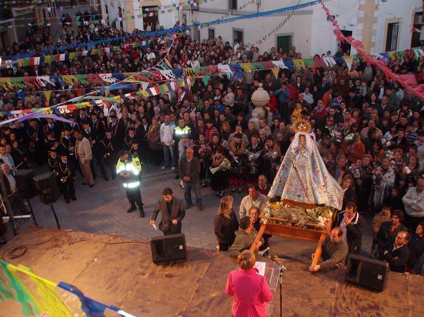 Los vecinos de Aliseda festejan con varios actos la llegada de la patrona del pueblo, la Virgen del Campo