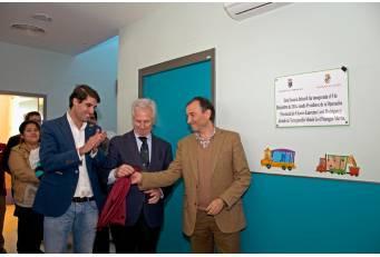 Laureano León inaugura una nueva guardería en la localidad de Torrejoncillo