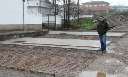 La Junta de Extremadura mejora los accesos al instituto de enseñanza secundaria de Alcántara
