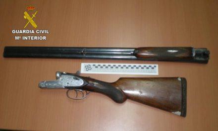 Tres detenidos en Valverde del Fresno por el presunto robo y receptación de un arma de caza