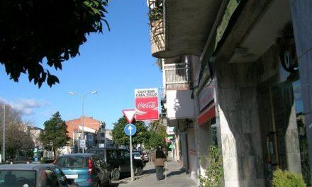 Intentan robar de madrugada en una tienda de calzados situada en la avenida de Pureza Canelo de Moraleja