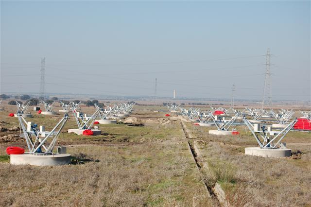 La presión del PSOE obliga a paralizar el parque solar de Almaraz, uno de los más grandes de Europa