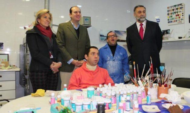 Carrón destaca la creación de las unidades de Neuro-ortopedia pediátrica y de Neurorehabilitación Infantil