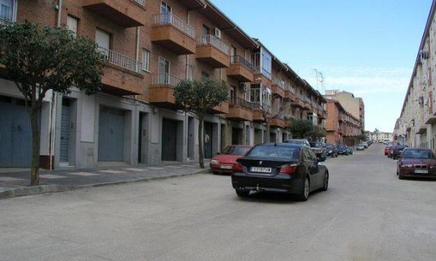 El Ayuntamiento de Coria finaliza las obras de pavimentación de tres calles en el barrio de Las Malvinas